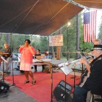 Concertgoers enjoy Jeff Stover's Mixed Bag