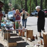 Bargain hunters flock Idyllwild for weekend yard sales