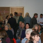 Standing room only at Idyllwild Town Hall GSOB meeting. Photo by Marshall Smith