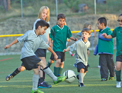 The Crushers and Silver Sabertooths played soccer Thursday at Idyllwild School. Photo by Jenny Kirchner