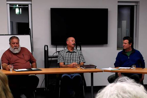 From left, general managers Jerry Holldber (Pine Cove Water District) and Steve Erler (Fern Valley Water District) and Mark Yardas (facilitator of Idyllwild Conversations)               Photo by Rick Barker