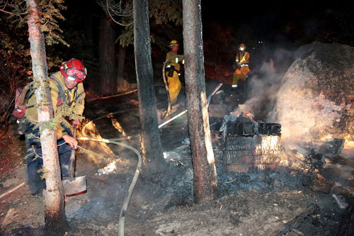 SMALL FIRE: A debris and vegetation fire was quickly extinguished Tuesday night after Riverside County Fire and Idyllwild Fire responded to the site in Fern Valley.  Photo by Jenny Kirchner