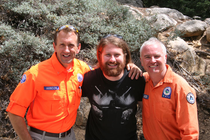 Casey Abrams (center) with his rescuers at Humber Park this week, Lee Arnson (left) and Les Walker of Riverside Mountain Rescue Unit. Photo by Jack Clark