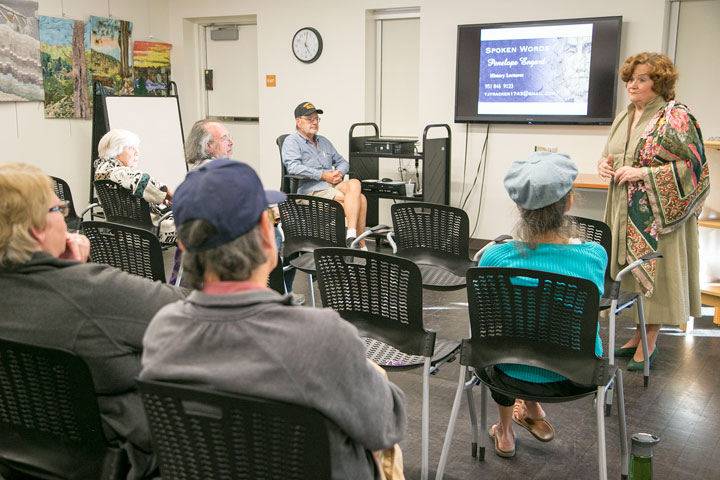 """Penelope Engard (right) spoke at the Idyllwild Library Monday afternoon, displaying her vast knowledge of history and literature. This month the topic was """"Jefferson: American Genius."""" Photo by Jenny Kirchner"""