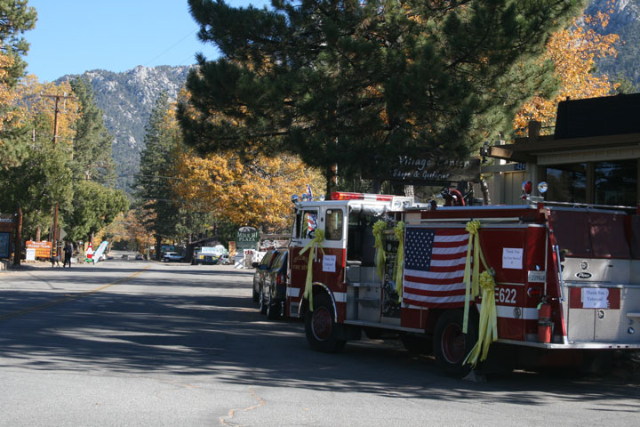 """The Idyllwild Fire Protection District honors veterans with a fire truck decorated with yellow ribbons and """"Thank You for Your Service"""" signs Tuesday, Nov. 11. The fire truck was parked on North Circle Drive in the center of Idyllwild.     Photo by Jay Pentrack"""