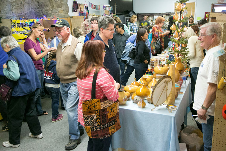 Many visitors flooded the 48th-annual Harvest Festival sponsored by the Idyllwild Rotary at Town Hall Friday and Saturday.        Photo by Jenny Kirchner