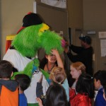 Lake Elsinore Storm minor league baseball's 'Thunder' comes to Idyllwild School: Promotes reading, health