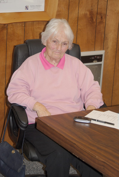 Marge Muir, vice chair of the County Service Area 38 (Pine Cove) Advisory Committee, attended the April 8 meeting while still recovering from hip surgery last month. Photos by J.P. Crumrine