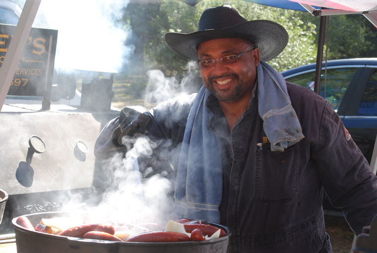 Big Dev from San Diego was another featured hit at the 2015 Jazz in Pines. Besides his ribs and brisket, this year, Big Dev offered a separate lunch menu. Photo by JP Crumrine