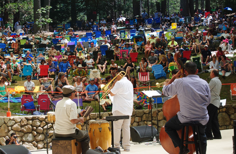 The Idyllwild Arts alumni drew a huge crowd in the Holmes Amphitheatre Saturday afternoon. From left are Roy Gonzales, percussion; Jason Jackson, trombone; Daniel Sezar-Krebbers, bass; Gilbert Castellanos, trumpet; and Evan Christopher, clarinet. Photo by JP Crumrine