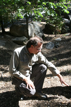 Julian Geisinger, Geisinger Tree and Landscape Consulting and Care, explaining how to construct a berm. Photo by Marshall Smith