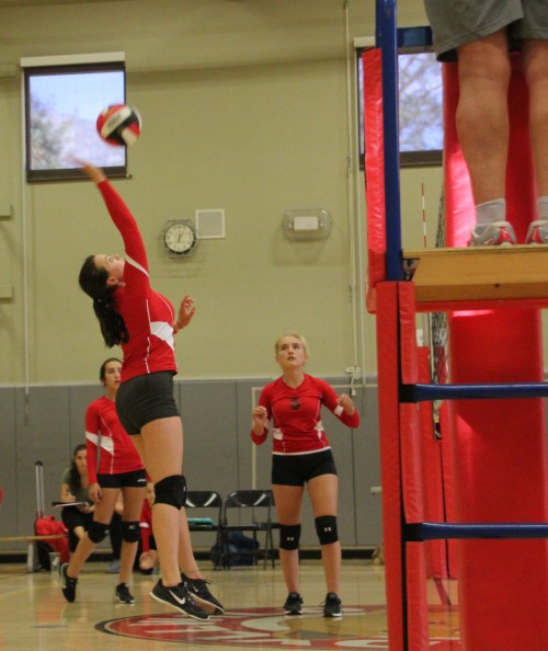 The Idyllwild Middle School's girls volleyball team defeated St. Hyacinth 3-0 last week. Photo by Jessica Priefer