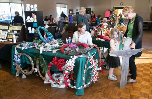 The Garner Valley Arts and Craft Show was Saturday at the Garner Valley Community Center. Handmade crafts, art and many other good finds were available for purchase, as well as a raffle for prizes.Photo by Jenny Kirchner