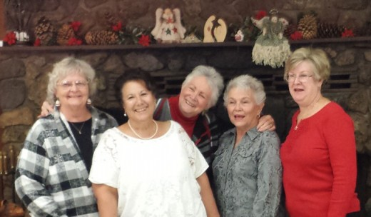 Mountain Quilters of Idyllwild installed its 2016 officers at a Dec 8 holiday party at Buckhorn Camp. From left, Karen Doshier, treasurer; Carmen Curiel-Terrazas, president; Judy Lawler, secretary; and Dottie Vandiver and Sandi Copelin, co-vice presidents of programs. Not present was Penny Bottomly, vice president of membership. Photo by Diana Kurr