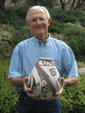 Walter Parks, next speaker in the Idyllwild Community Center Speaker Series, is seen here with a piece of Mata Ortiz pottery. The Native American tradition is very strong as part of the Idyllwild Arts Summer Program. Parks will discuss 70 years of history at Idyllwild Arts in his talk at Silver Pines Lodge. Photo courtesy Walter Parks