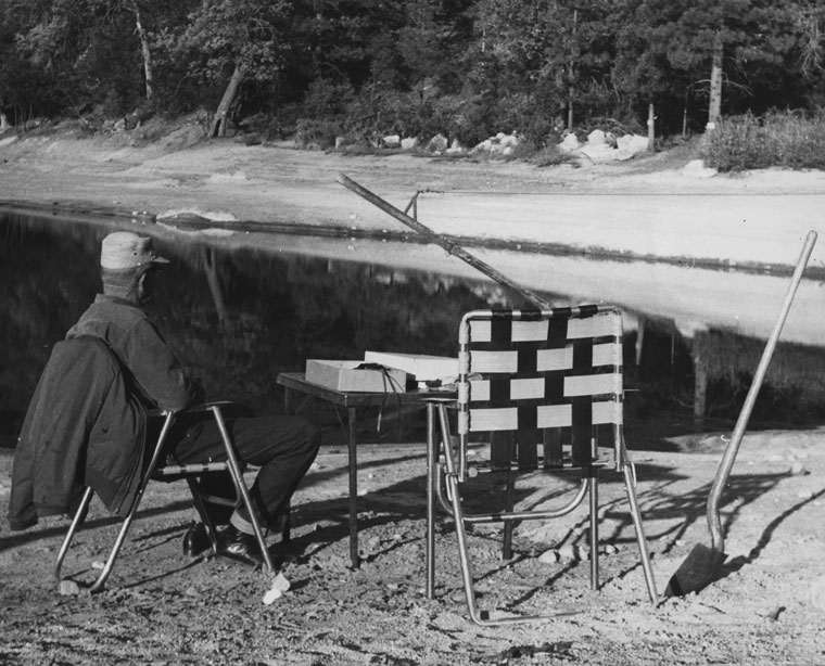 Arthur Felt banding birds at Foster Lake in about 1962. File photo