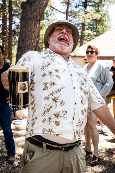 Jack Clark was one of several gallant men competing in the Stein Holding Contest. This raised additional proceeds for Animal Rescue Friends of Idyllwild during their Second Paws for Rhythm and Brews.