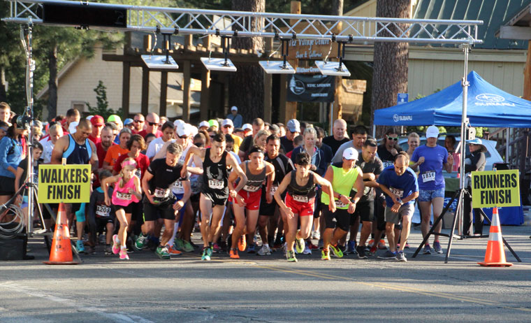 Participants crowd the starting line for the beginning of the 5K Run at Saturday's annual Idyllwild 5K and 10K Fitness Run and Walk.Photo by Jessica Priefer