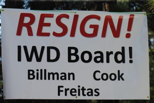 Resign sign_4437