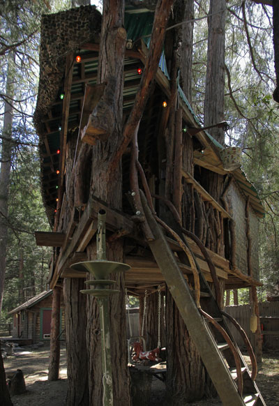 This tree house, which can entertain seven to eight adults, is on the IAHS' 16th-annual Home Tour this year. Photo by John Drake