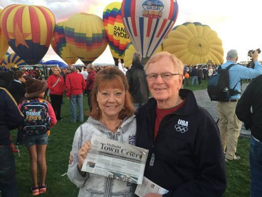 Eilene and Bill Sinnigen of Idyllwild and Palm Desert  went on vacation to Albuquerque for the International Hot Air Balloon Festival last week.  Photo courtesy the Sinnegens