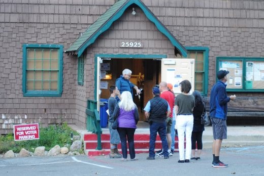 Voters at Idyllwild's Town Hall precinct lined up early to vote in Tuesday's presidential election. Photo by JP Crumrine