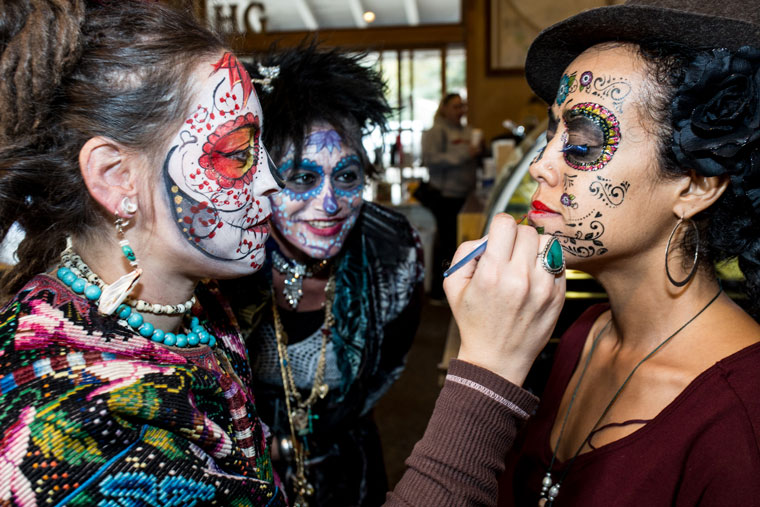 Designs, decorations, costumes and face painting were all a major contributor to Halloween evening Monday in Idyllwild. Tawny Harrington (left) helps a friend with her face makeup. Photos by Peter Szabadi, Thomas Pierce, Thomas Klusak,  Marshall Smith and Halie Wilson