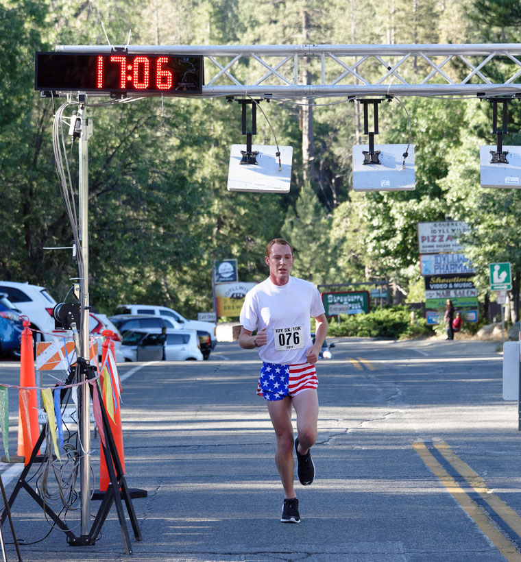 Wrong way runners, car chase     But all for a good cause